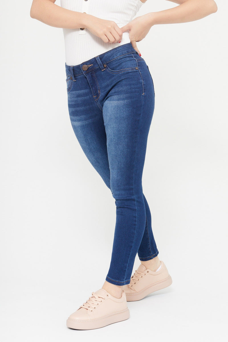 "Petite Butter 26"" Ankle Skinny Mid Rise Jeans In Wynter Ziggy"