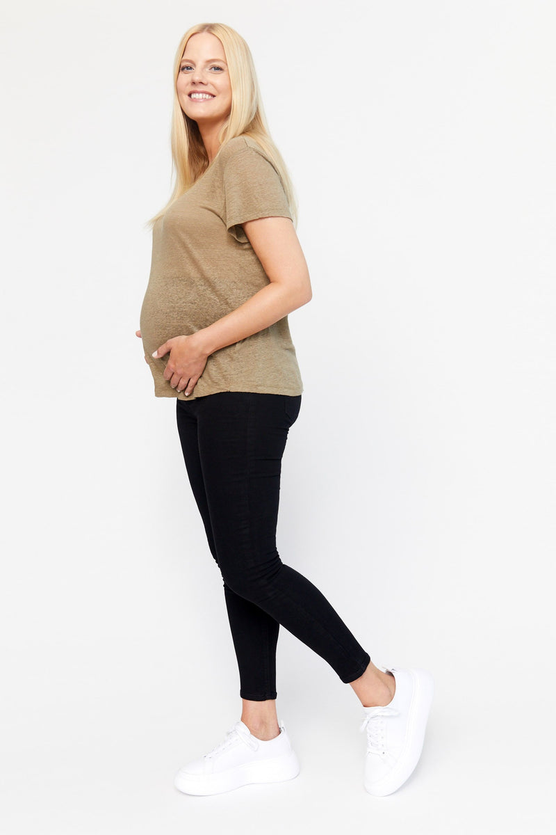 "Maternity RE:DENIM 28"" Ankle skinny with Bellyband in Black"