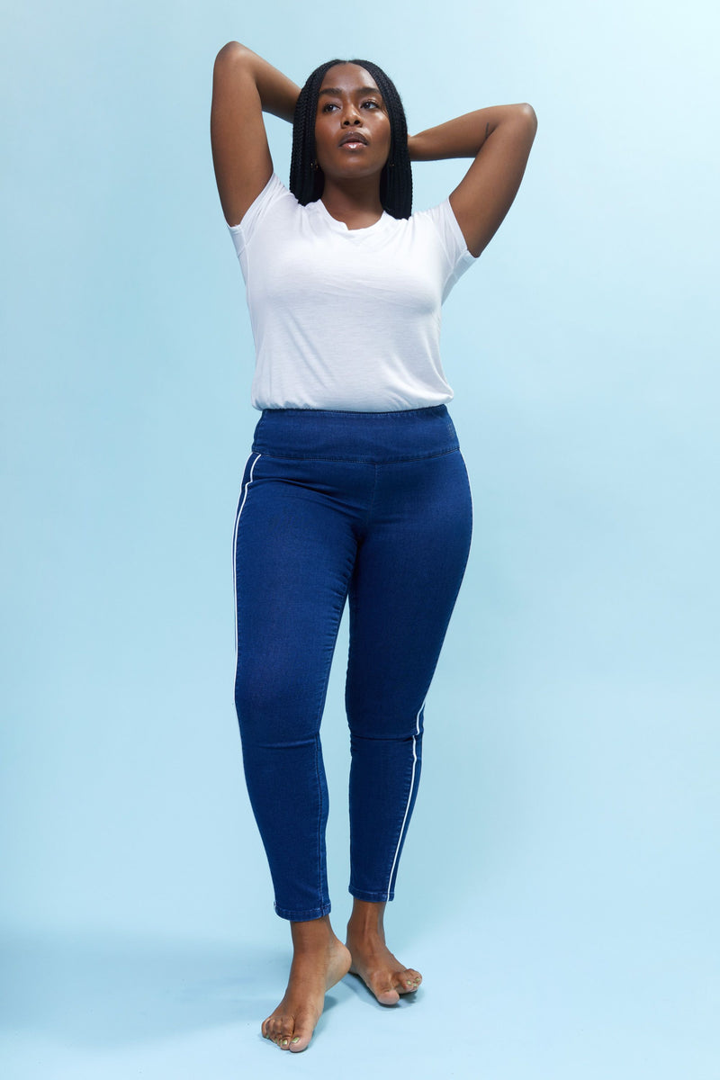 "Freedom Curvy Knit Denim High Rise Pull On 28"" Legging With Contrast Piping Detail"