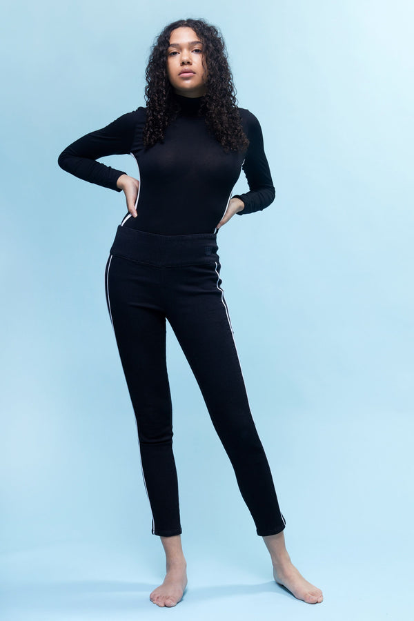 "Freedom Knit Denim High Rise Pull On 28"" Legging With Contrast Piping Detail In Black"