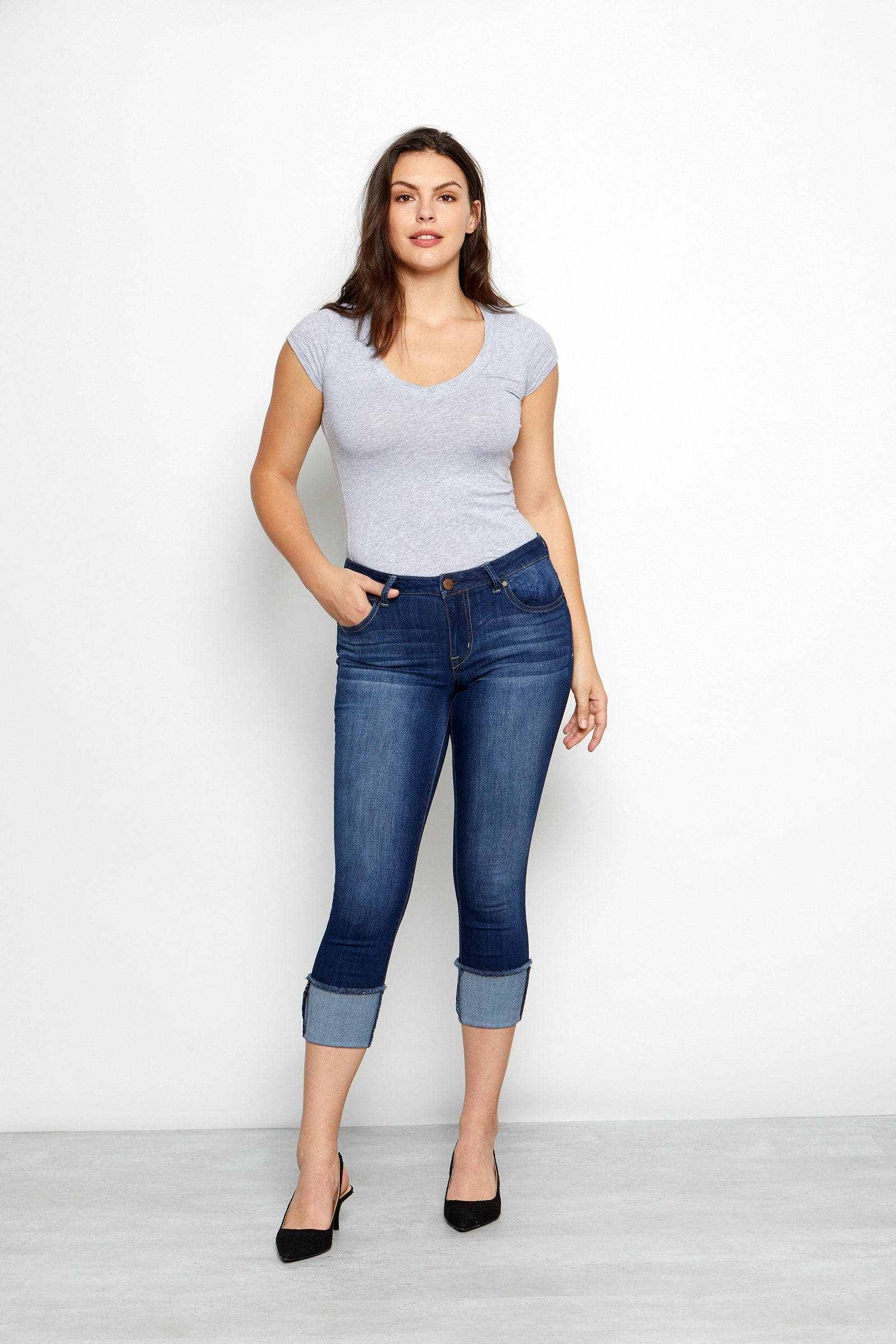 Curvy Vintage Denim Roll Cuff Jeans In Erica