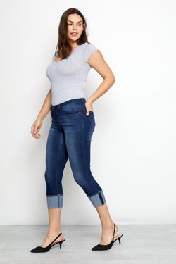 "Curvy Vintage Denim 26"" Roll Cuff Jeans In Erin"