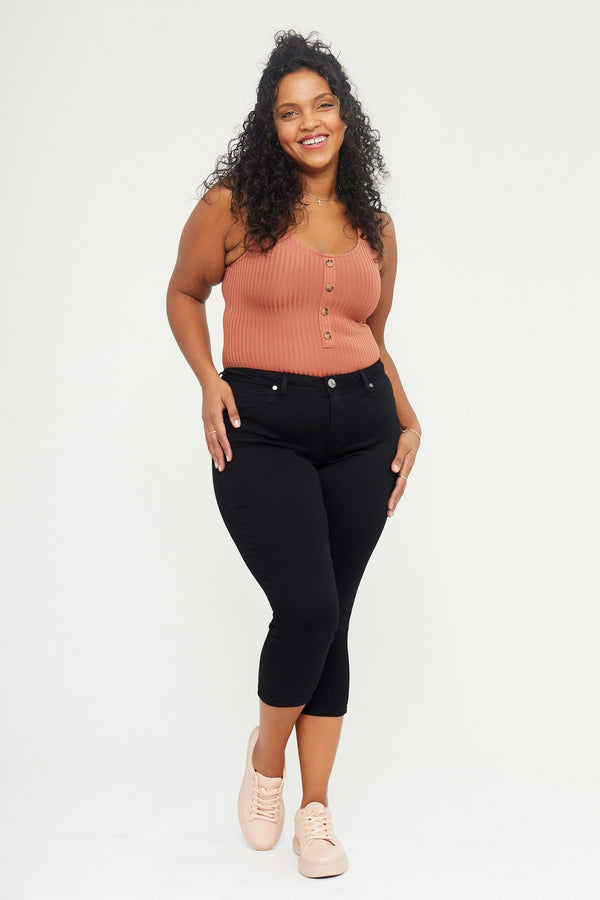 "Curvy Butter 23"" Crop Skinny Women's Jegging in Wynter Black"