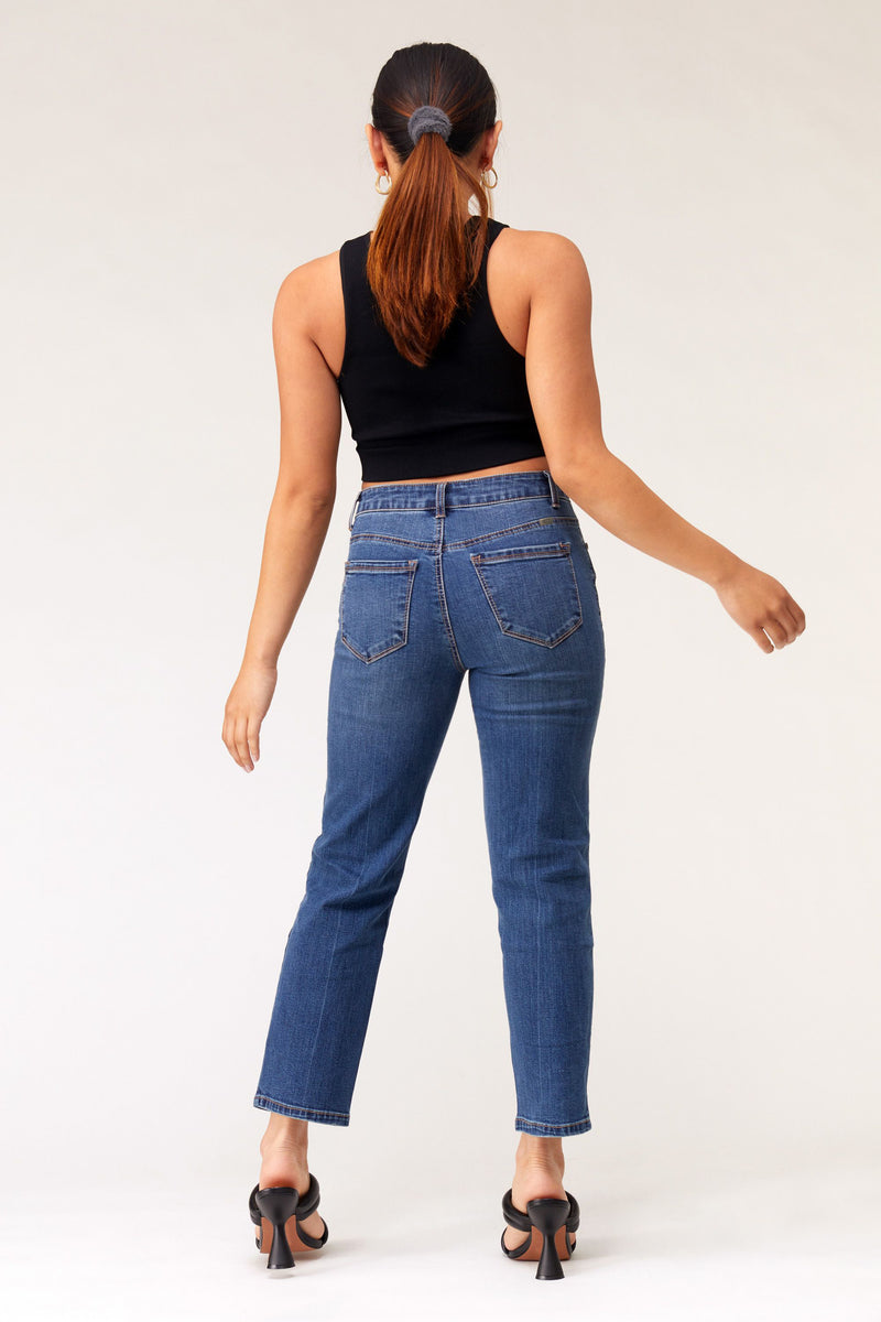 "Short Organic Cotton 26"" Ankle High Rise Straight Fit Denim Jeans In Garrett"