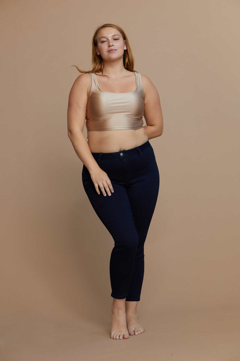 "Curvy Countouring Shapewear 28"" ankle skinny High Rise in Rinse"