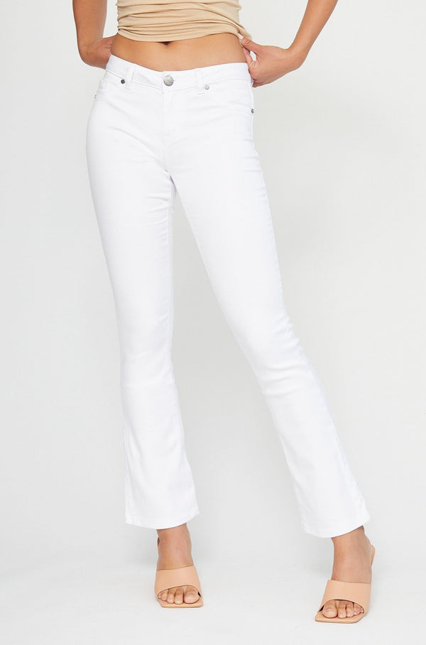 "Butter 32"" Tall Slim Boot Cut Jeans In Wynter White"