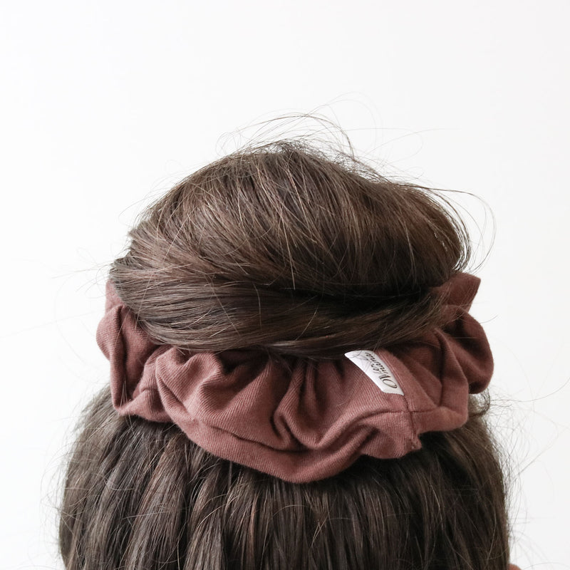Lennon - essential scrunchie