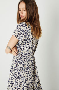 Milla daisies dress
