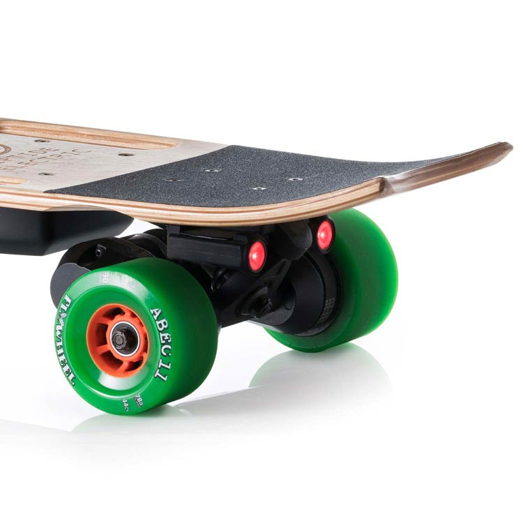 Electric Skateboard with Kicktail