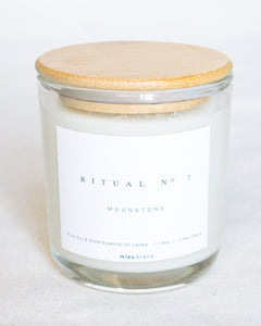 Essential Oil Candle | Moonstone