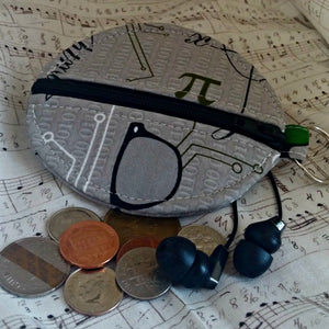 Earbuds Coin Case for the True Nerd