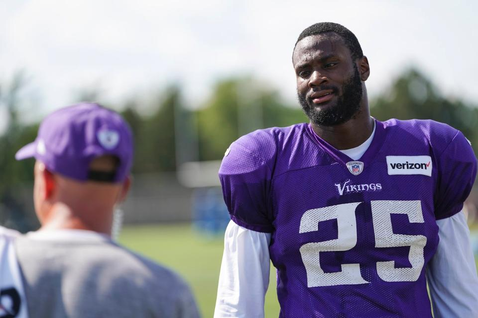 Vikings RB Murray Ready For Action, 5 Months After Surgery | Latavius Murray