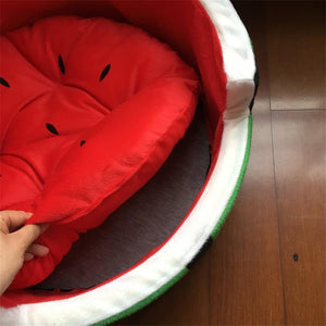 Frenchie World Shop Watermelon Dog Bed