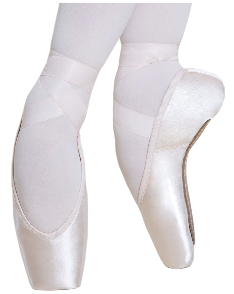 Stella Pointe Shoe Hard