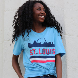 Retro St. Louis Arch Unisex Short Sleeve T-Shirt - Light Blue