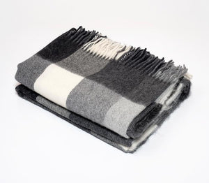 Harlow Henry Alpaca Classic Check Throw in Black/Cream