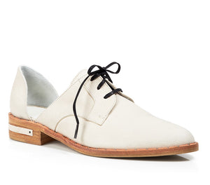 Freda Salvador Wit D'Orsay Oxford White