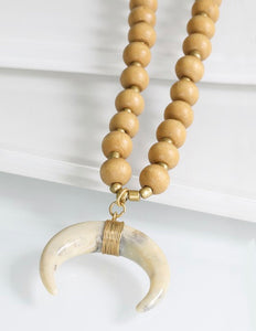 Nude Horn Necklace
