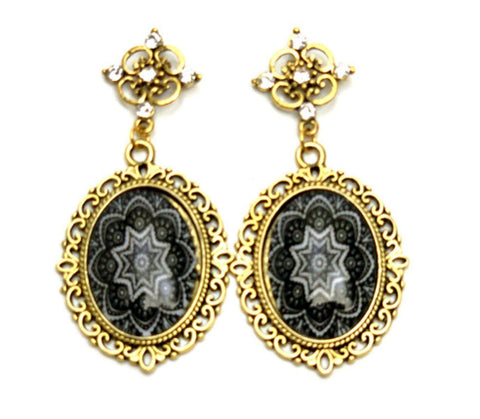 Trendy Fashion Cameo Lacework Cabochon Earrings for Women / AZEACS407-AGB