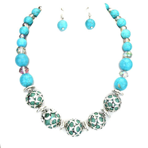 Embedded Howlite Gemstone Necklace Set