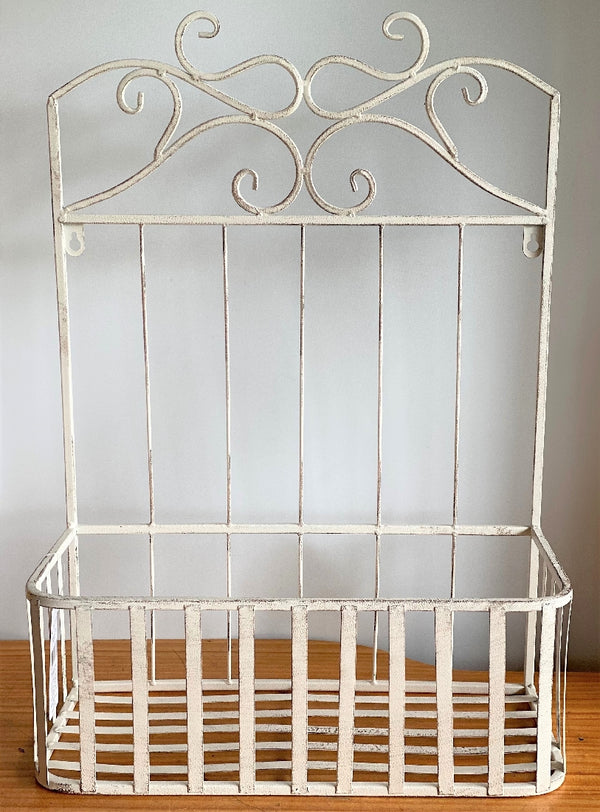 WALL BASKET ANTIQUE WHITE - LARGE