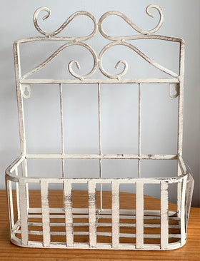 WALL BASKET ANTIQUE WHITE - SMALL