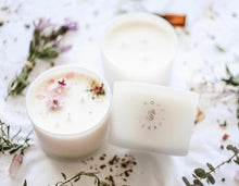 BLISS Aromatherapy Essential Oil Candle (Lavender, Chamomile, Ylang Ylang, Geranium & Jasmine)