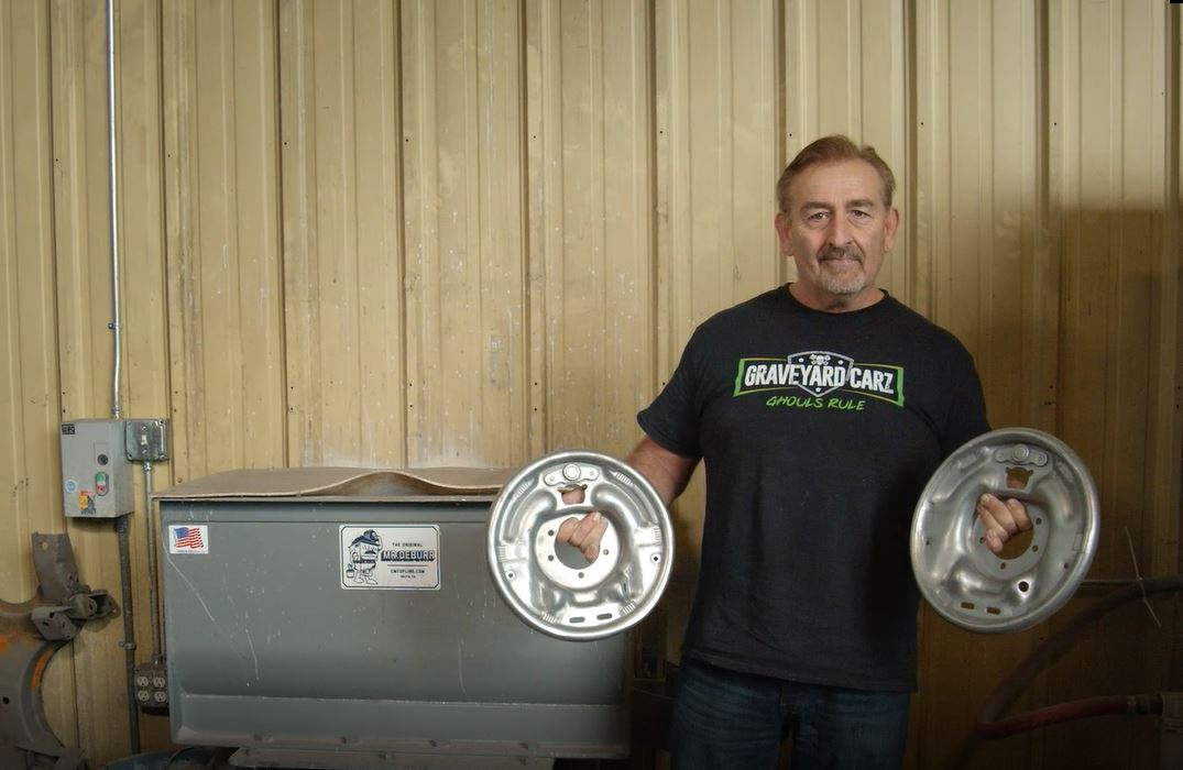 How Mark Worman of Graveyard Carz uses the C&M Topline #MrDeburr Finishing Machine