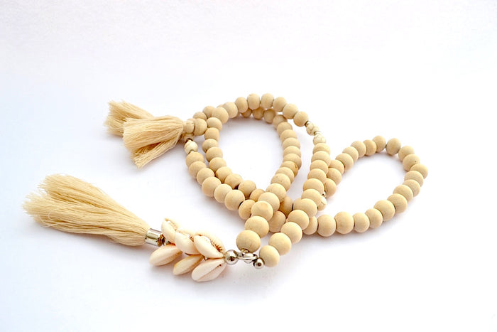 SONO WOOD & CREMA STONE SHELL STACKED TASSEL NECKLACE