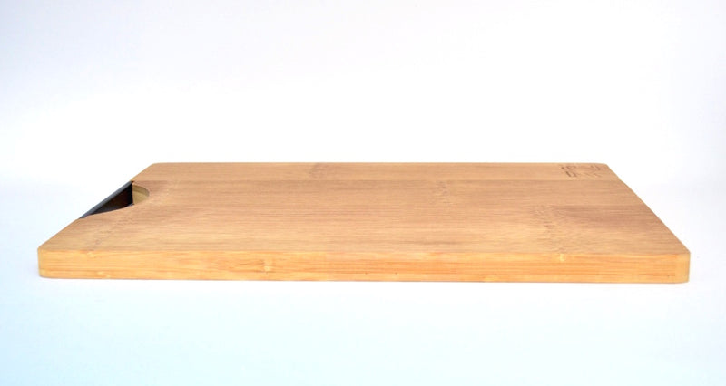 AKINARI BAMBOO CUTTING BOARD
