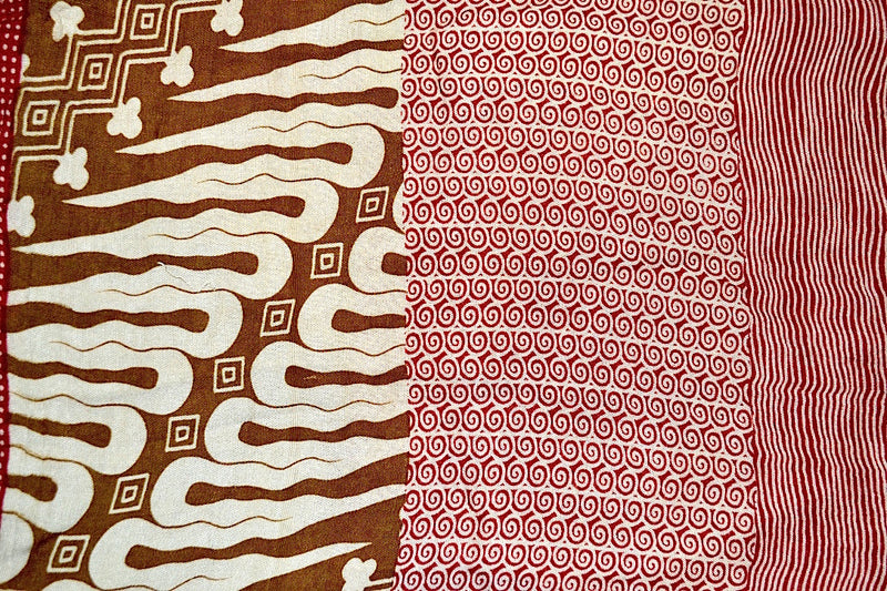 SARONG BATIK QUILT RED & BROWN