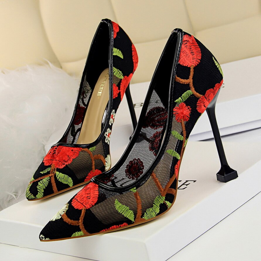 7393108d7 Shallow Mouth Pointed Embroidered Hollow Out Breathable High Heel ...