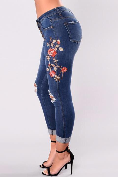 Frayed Embroidered Skinny Jeans