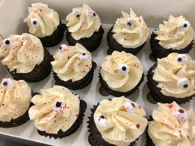 TRICK OR TREAT Halloween Mini Cupcakes - 12 pack