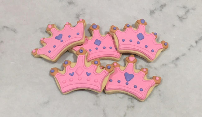 Cake Creations by Kate™ Biscuits Pink Crown Vanilla Biscuit