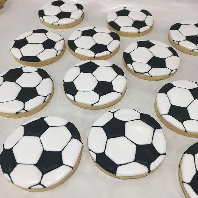 Cake Creations by Kate™ Biscuits Soccer Ball Vanilla Biscuit
