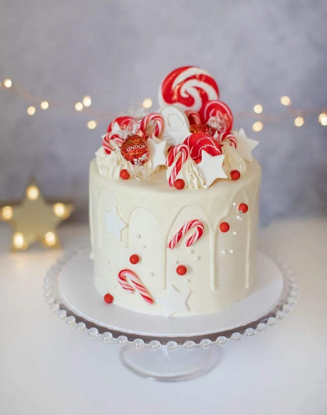 Traditional Red and White Christmas Buttercream Cake