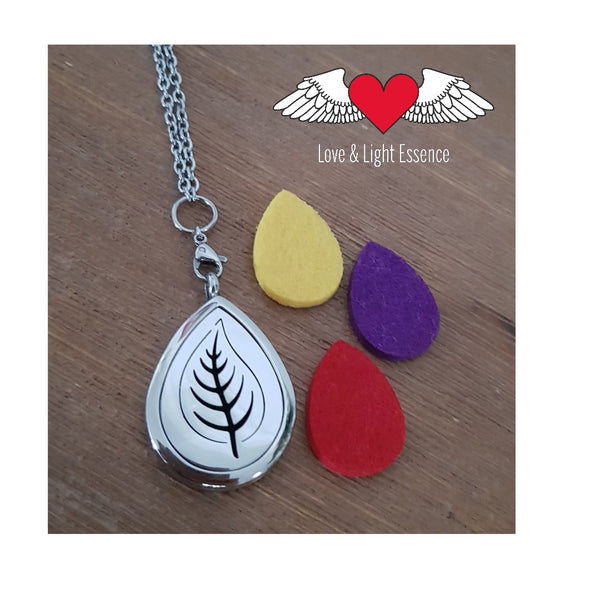 Leaf Style Essential Oil Diffuser Necklace