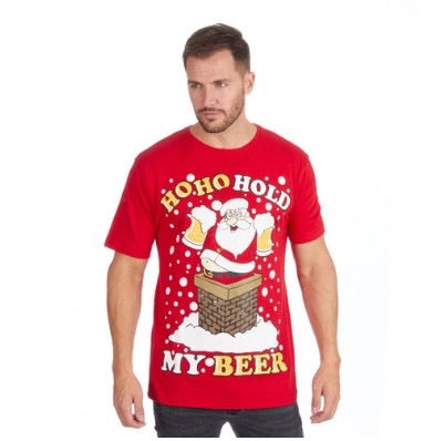 Ho ho hold my beer t-shirt (leveres torsdag)