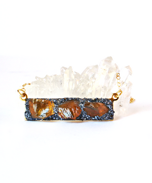 November birthstone citrine bar necklace from Lea Spirit