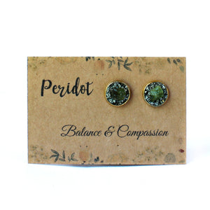Green birthstone Peridot meaning and properties