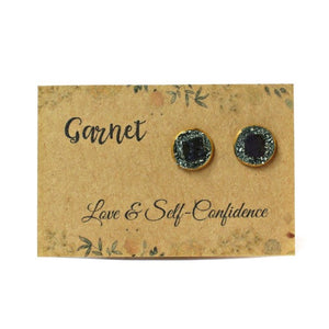 Gold January birthstone garnet crystal meaning