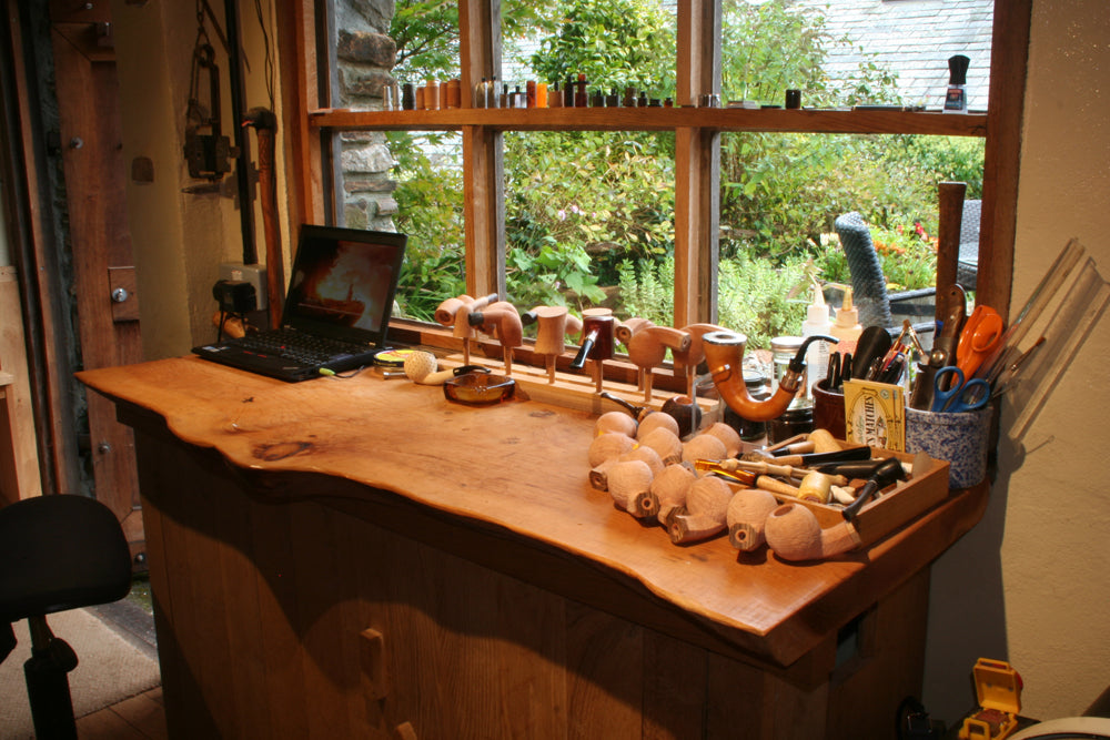 Curvy workbenches