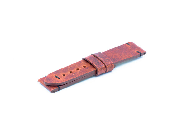 Red leather strap - Black stitching - Lug 22 Buckle 20