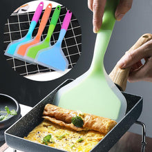 Wide Shovel Silicone Spatula - My Kitchen Gadgets