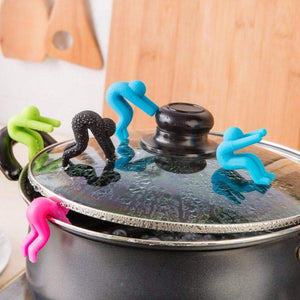 Pot Cover Holder - My kitchen gadgets