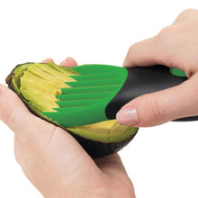 Avocado slicer peel and cutts the avocado