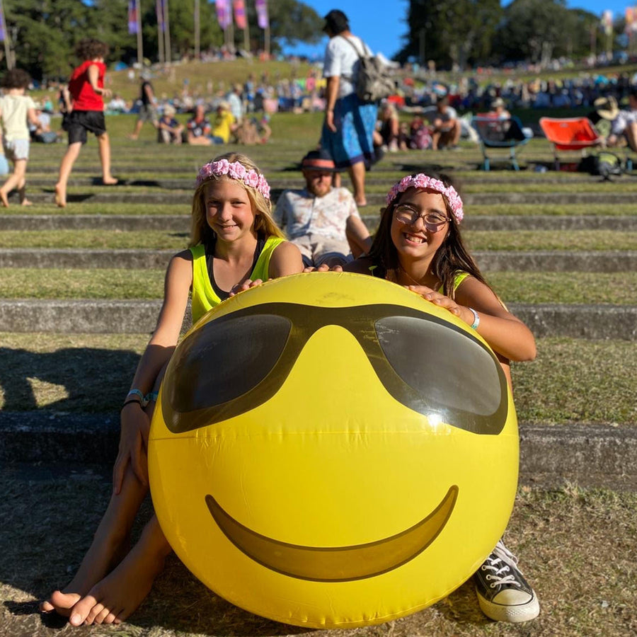 Grace & Aaliyah Wear Bold's Bold AF Dry Fit Singlets at Womad, New Plymouth, 2020. #sayitinbold @boldornaked shop online at www.boldornaked.com