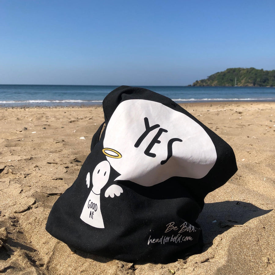 #Bagsy Location: NZ Beach | The Bold Yes / No re-usable tote bag | gym bag | beach bag | shopping bag | Free with every Hoodie | #sayitinbold @BoldorNaked shop online www.boldornaked.com