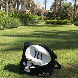 #Bagsy Location: One & Only Dubai | The Bold Yes / No re-usable tote bag | gym bag | beach bag | shopping bag | Free with every Hoodie | #sayitinbold @BoldorNaked shop online www.boldornaked.com